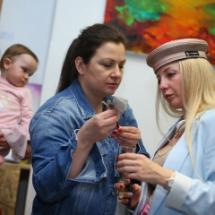 The official opening of the Albina Gorbina gallery in Prague 075