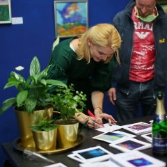 The official opening of the Albina Gorbina gallery in Prague 083